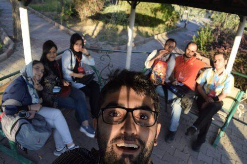 تیم گراف در نمایشگاه الکامپ تبریز که بسیار نمایشگاه بدرد بخوری هست و هیچ ورودی ندارد. ما هم رفتیم پفک خوردیم برگشتیم.